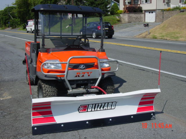 rtv 900 kubota with blizzard 680lt utv snow plow service. Black Bedroom Furniture Sets. Home Design Ideas